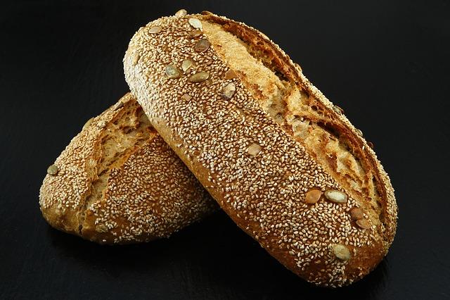 čerstvě upečený chléb